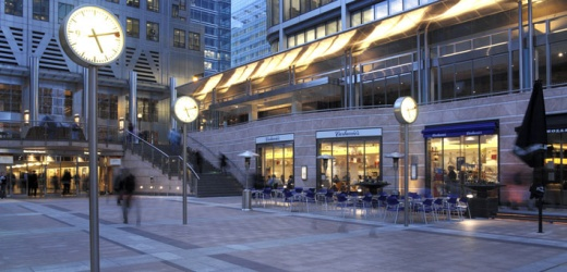 Canary Wharf - Hundreds of restaurants and shops, no public spaces