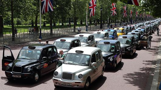 London Black Cabs - Uber Taxi Protest