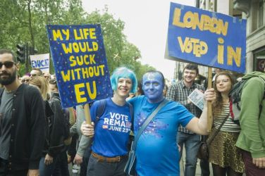 Brexit - EU protesters - My life would suck without EU