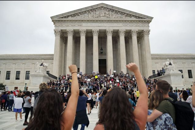 Protesters on steps of Supreme Court - Brett Kavanaugh confirmation - SCOTUS