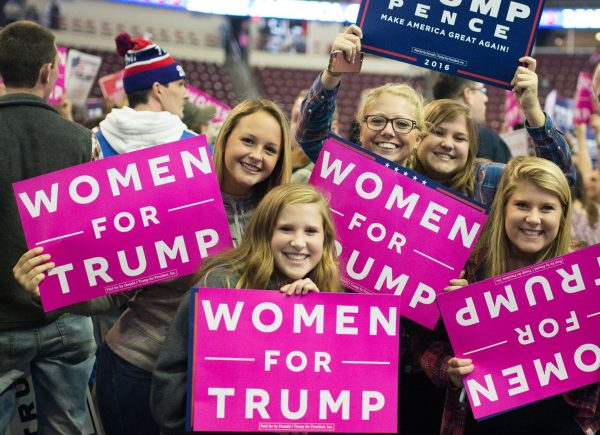 White women vote for Donald Trump - US midterms 2018